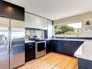 Elegante Küche in U-Form
