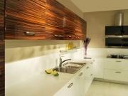 Moderne Küche mit Hochglanzfronten