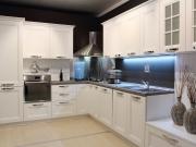 L-Förmige Küche im modernen Landhausstil