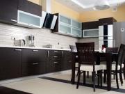 Exklusive L-Förmige Küche mit Essbereich