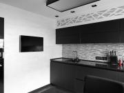 Schwarze Designerküche im exklusiven Stil