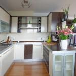 Die U-Form Küche – eine klassische Küchenform mit modernen Zügen