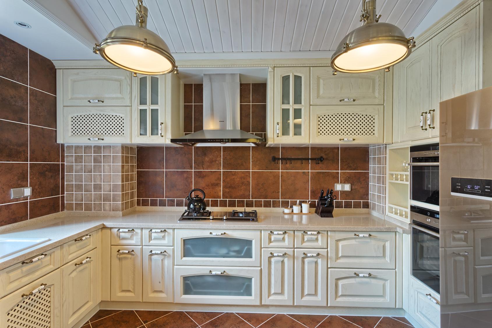 Rustikaler Landhausstil. Französischer Landhausstilküche