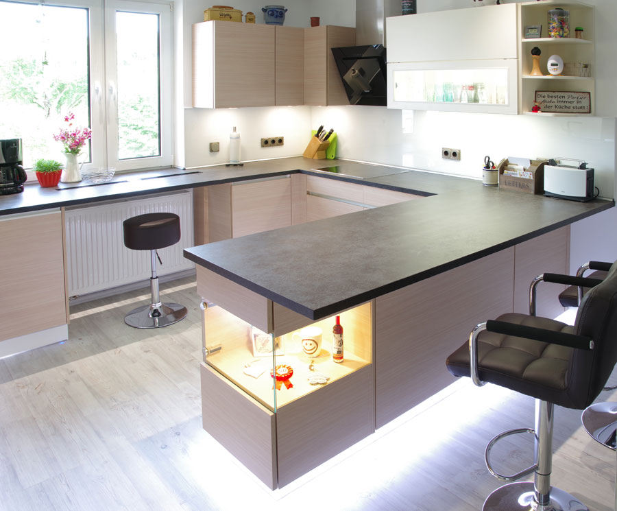 adam k chen 2018 test preise qualit t musterk chen. Black Bedroom Furniture Sets. Home Design Ideas