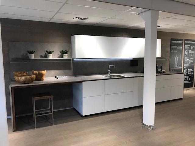 valcucine k chen 2018 test preise qualit t musterk chen. Black Bedroom Furniture Sets. Home Design Ideas
